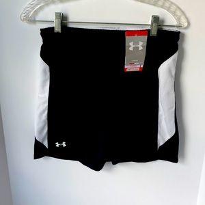 Under Armour womens  Heat gear shorts Small
